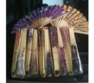 souvenir kipas lipat gagang bambu