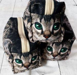 pouch kucing untuk kosmetik dan hp