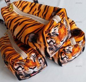 pouch harimau untuk cowok