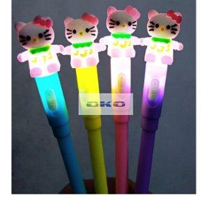pulpen lampu hello kitty