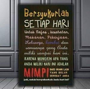 poster kayu bersyukur setiap hari