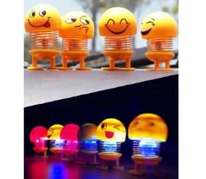 boneka goyang emoji hiasan mobil