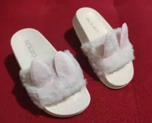 sandal kelinci untuk anak dan dewasa