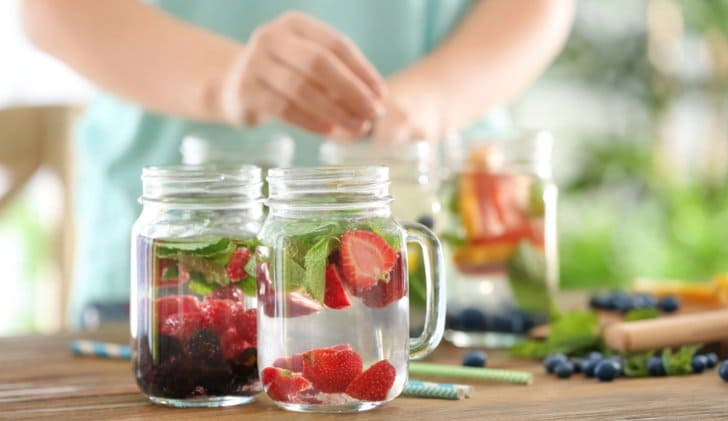 tips aman minum infused water