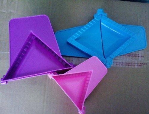 cetakan pastel segitiga