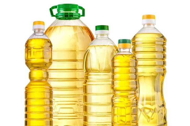 minyak goreng curah vs minyak kemasan bermerek