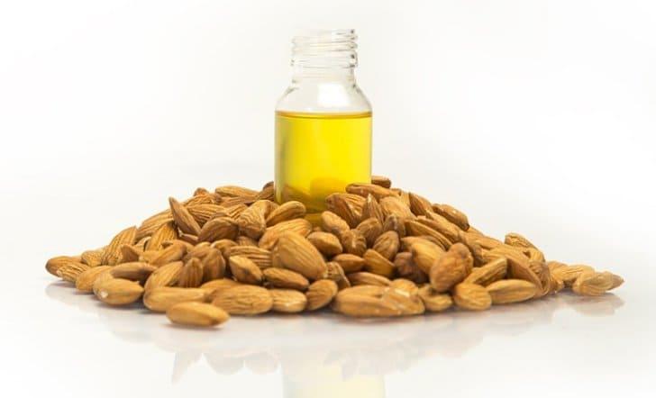 manfaat minyak almond untuk wajah dan kesehatan