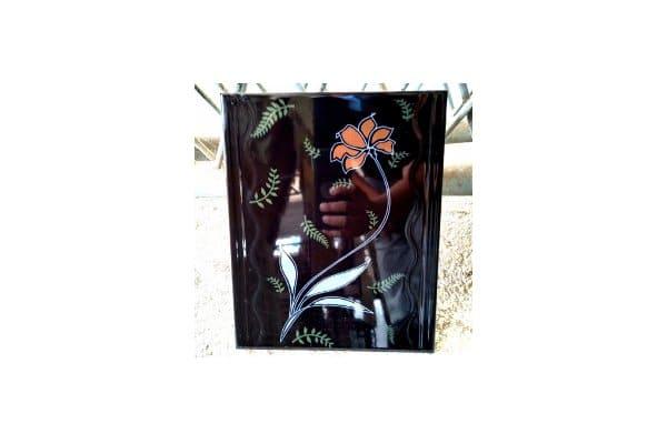 keramik hitam motif bunga